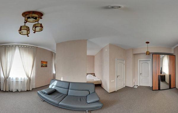 №23 «Студия». Две полутороспальные кровати и диван